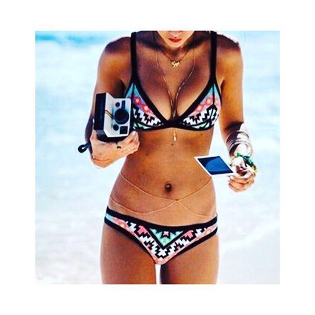 【kasyselect】さんのInstagramをピンしています。 《* インポート水着¥3000 * 大人気botanicalビキニ Ssize完売 ありがとうございます 次回入荷は未定です * Msizeも残りわずかですので お早めにご連絡下さいませ✨ * * * #select#可愛い#ビキニ#三角ビキニ#beach#サーフガール#サーフィン#海#夏#水着#ハワイ#Hawaiian#リゾート#綺麗#カラフル#オルテガ#柄#マリンスポーツ#カジュアル#お揃い#プチプラ#送料込み#ブラジリアン》