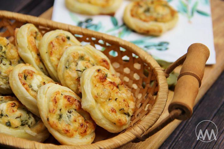 V kuchyni vždy otevřeno ...: Šneci jalapeňo z listového těsta