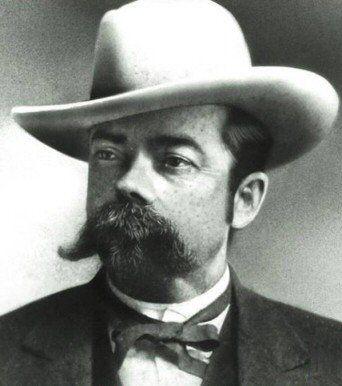 Jack Daniel El famoso destilador estadounidense y fundador de la marca de whiskey del mismo nombre murió de una infección en un dedo del pie.