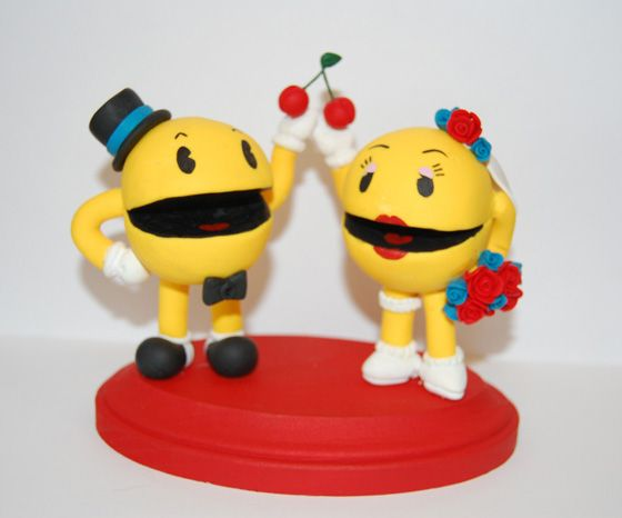Pac Man Cake toppers (links to Mario and Princess Peach and Link and Zelda toppers)