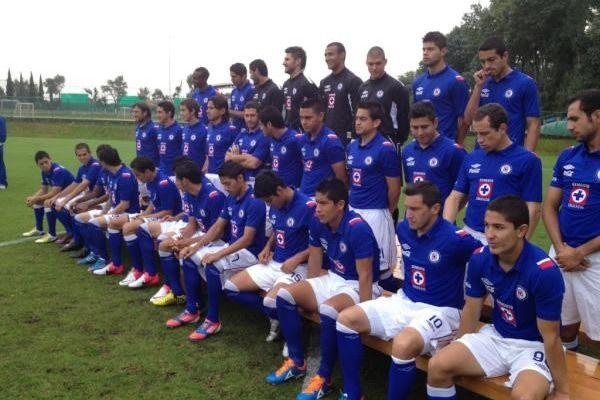La Máquina posó para la fotografía oficial de la temporada. (Foto: Twitter Cruz Azul)