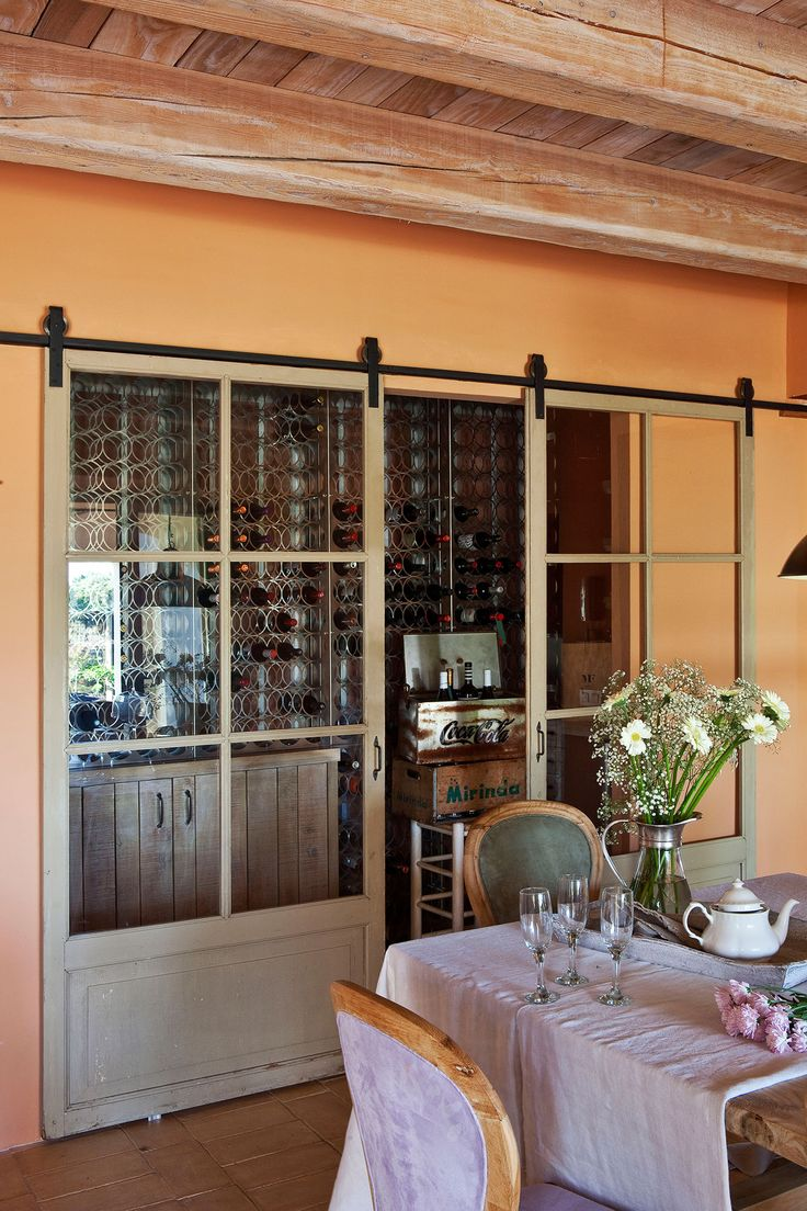 Las 25 mejores ideas sobre puertas de granero en - Puerta corredera vista ...