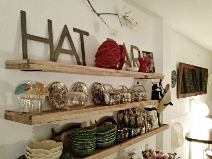 Hat Bar