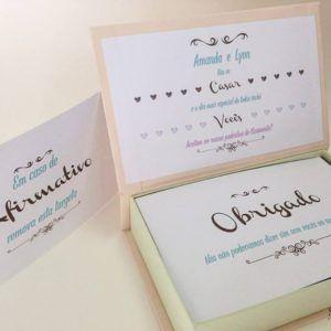 #inspire #gravata #vao #se #casar #convite #especial #caixa #whisk #gravata #lembrancinha #charuto #vodka #cetim #paris #padrinhos #casamento #top #wedding #noiva #madrinha #noivos #casar #spazioconvites #redlabel #romantico #luxo #elegancia http://spazioconvites.com.br/loja/shop/