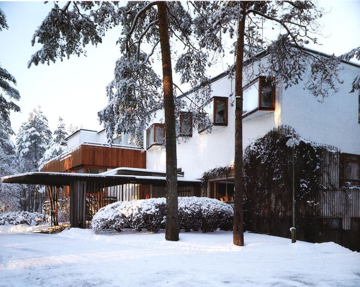 Villa Mairea/ Rural retreat for  Harry and Maire Gullichsen. 1939. Noormarkku, Finland. Alvar Aalto