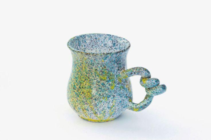 Материал: керамика Разогрев в микроволновой печи: да Мойка в посудомоечной машине: нет Экологичность: бессвинцовые глазури Емкость: 140 мл Количество в наборе: 1 шт
