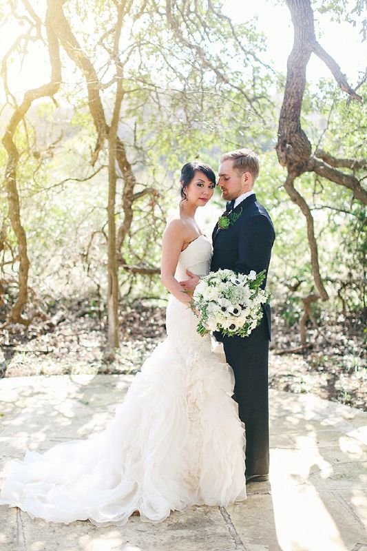 Spring wedding in Texas! Great details.