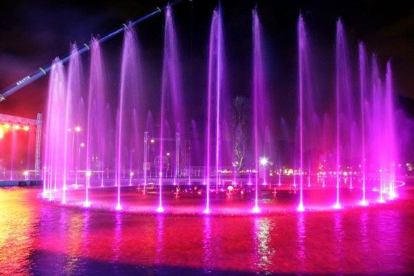 "Multimedia Warsaw Fountain Park, courtesy Darek Senkowski The idea of the ""fountain park"" next to the Vistula river bank is to re-introduce ..."
