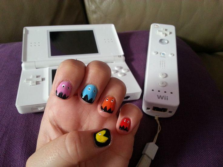Pac man nail art