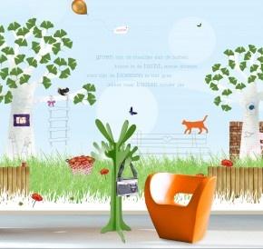 Meisje. Aan te passen in dit ontwerp:  Tekst lucht, tekst naambordje, foto boom en kies je eigen diertje.