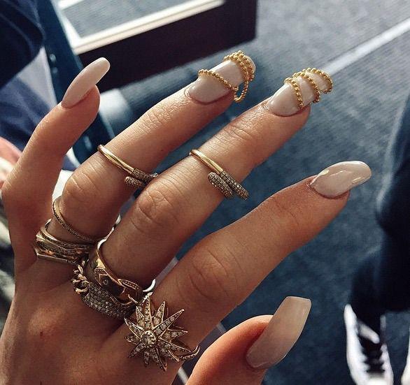 | ClioMakeUp Blog / Tutto su Trucco, Bellezza e Makeup ;) » What's hot now: il Lilumia Brush Cleanser, novità beauty per Kylie Jenner e il nuovo Mineralize Timecheck di Mac!