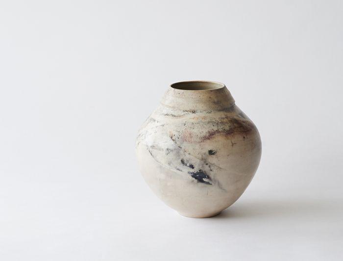 Maria de Haan — Smoke fired pots