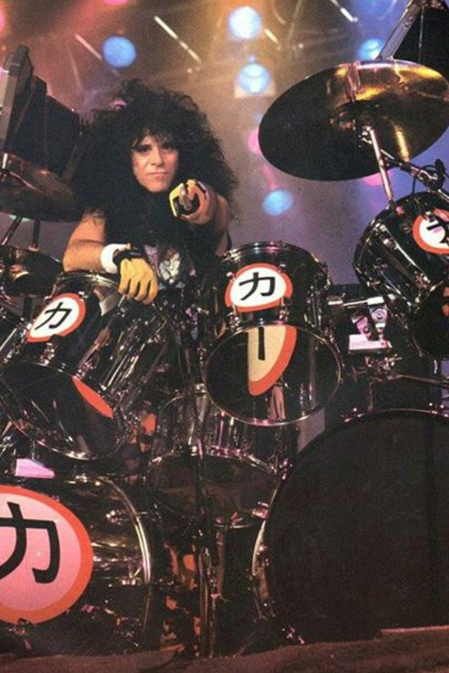 Pin by Chloe on Eric Carr   Pinterest   Eric carr, Kiss band and ...