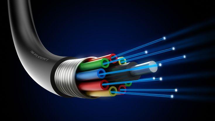 دو فائبر آپٹک کیبلز میں خرابی، پاکستان بھر میں انٹرنیٹ سروسز متاثر  http://www.itnama.com/2014/03/international-internet-cables-cut-near-egypt/ #SMW4 #FiberOptic