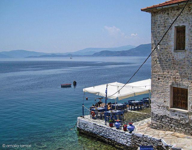 Agia Kyriaki, Pagasitikos bay   Flickr by Amalia Lampri