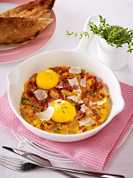 Low Carb Abendessen: Omeletts mit gerösteter Paprika und Thunfisch