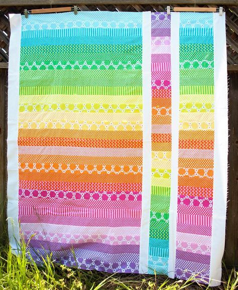 Since I finished the quilting on the first charity quilt, I decided I'd push and do a second quilt. The South Bay Area Modern Quilt Guild is trying to finish 31 quilts in 31 days to donate to…