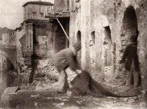 Ponte Fabricio - Ghetto anno: 1880-1885 Fotografo: Ettore Roesler Franz