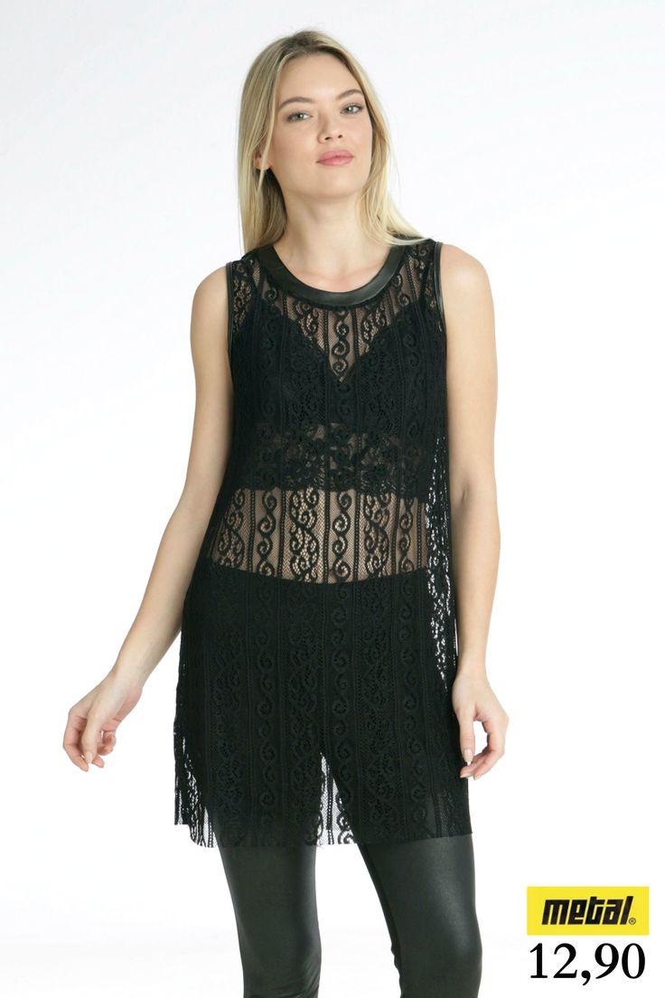 *Φόρεμα από δαντέλα διάφανο. *Τιμή: 12,90 *Μέγεθος: S, M *Χρώμα: Μαύρο *Κωδικός: FORE-2506