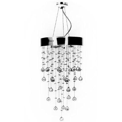 Elegante lampadario in cristallo per illuminare ingresso o salotto