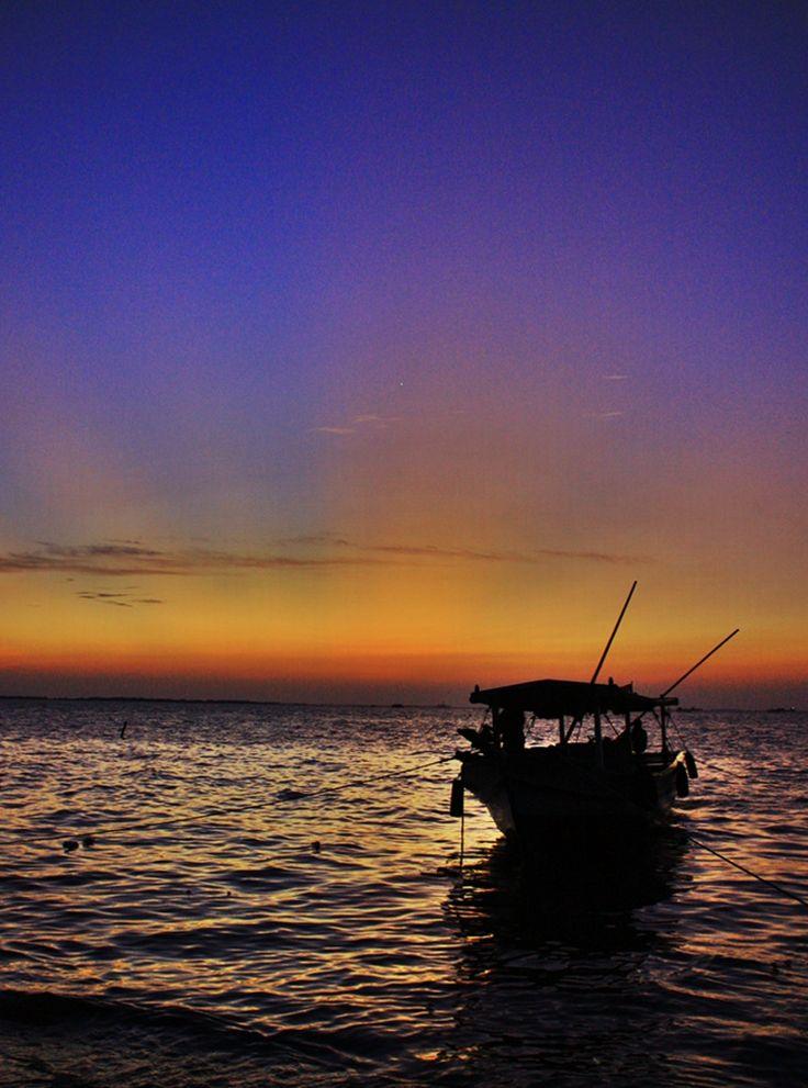 Sunset & Perahu Nelayan #PINdonesia