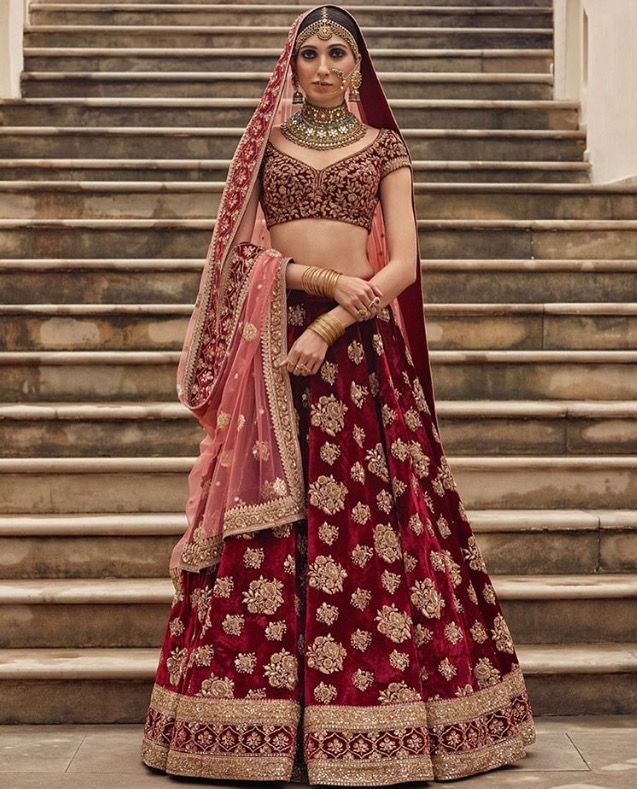 The lehenga part is sooo beautiful!! ❤