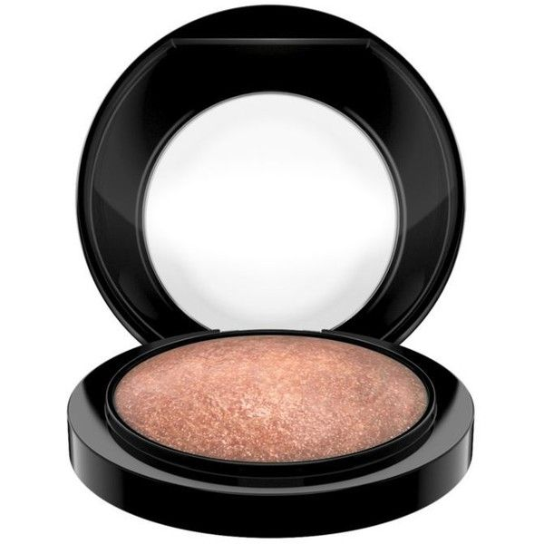 Mac Cheeky     Bronze Mineralize Skinfinish ($32) ❤ liked on Polyvore featuring beauty products, makeup, face makeup, face powder, cheeky bronze, mineral face powder and mac cosmetics