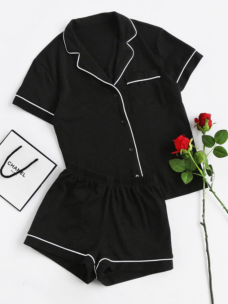 http://fr.romwe.com/Contrast-Piping-Pocket-Front-Pajama-Set-p-234282-cat-766.html