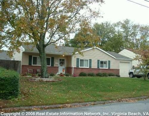 31 best siding color options for red brick homes images by for Half brick half siding house
