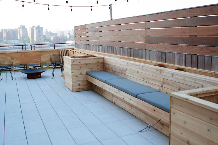 Design and construction of a terrace in dumbo designed by rawlins calderone design.