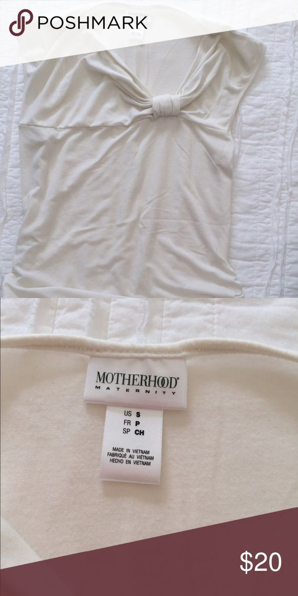 Women's fancy maternity top Beautiful classy, can dress up or down tank. Perfect condition. No stains or tears. Smoke free pet feee home. Runs large Motherhood Maternity Tops Blouses