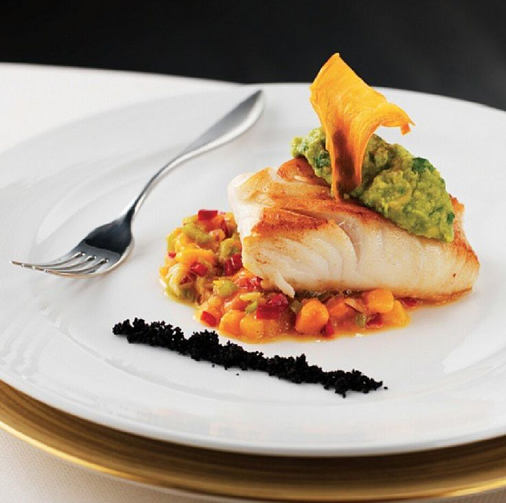 The Chilean sea bass is actually called Lubina chilena in Chile...But in #Argentina, #Peru, #Uruguay and most of #LatinAmerica, it's called #Merluza negra! At #IZELDubai we serve it on a bed of mango and peppers salad toped with guacamole and a sweet potato chip.