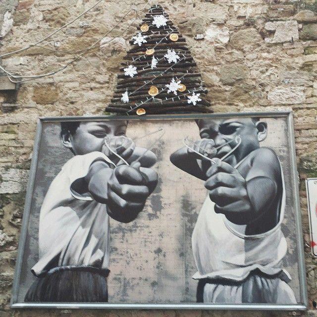 Merry sling {LATERGRAM} #Perugia - Via della Viola