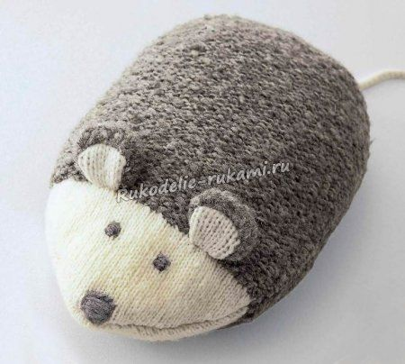 Подушка-мышка спицами