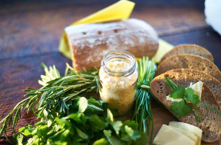 Jak vyrobit domácí ochucenou sůl? Čtěte na Tchibo blogu!