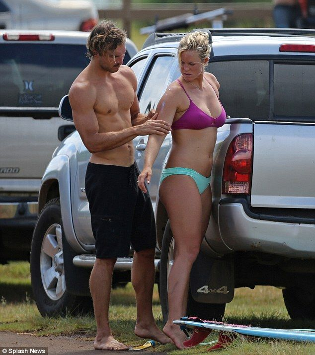 bethany hamilton and adam dirks | The couple who surfs together! Bethany Hamilton and fiancé Adam Dirks ...