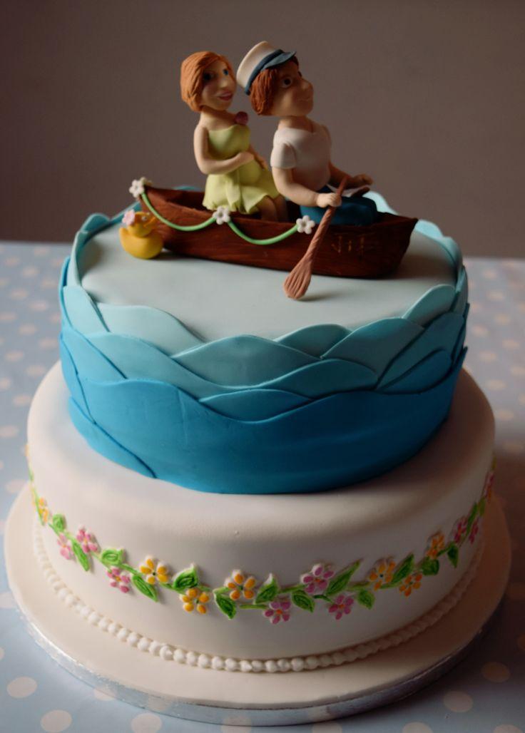 Canoe Wedding Cake