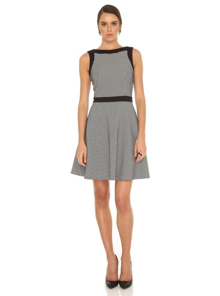 Elips Yaka Kolsuz Belden Oturtmalı Mini Elbise - Koleksiyon - Elbise - ROMAN