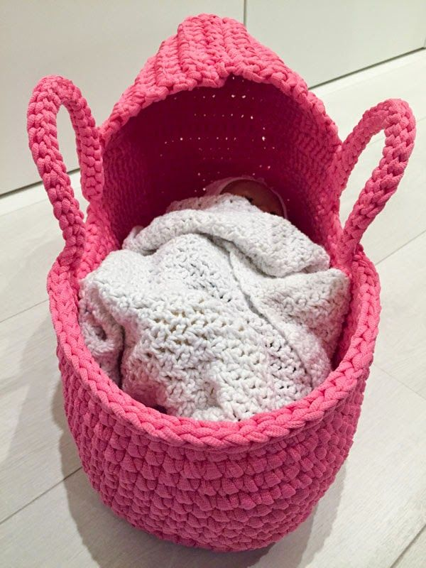 Knitting Pattern For Dolls Moses Basket : 10+ images about CROCHe PARA BEBeS on Pinterest Crochet ...