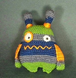 Click here for the free crochet pattern made by Jaime George on Ravelry.    Or check out the other monsters and critters in this directory...
