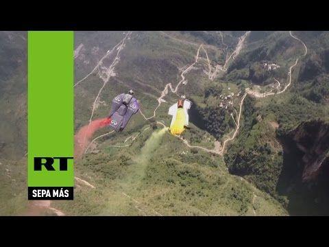 *INC* News Commentary: Paracaidismo con traje aéreo: Inicia en China la C...