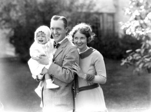 Baby Lois Laurel with parents Stan and Lois