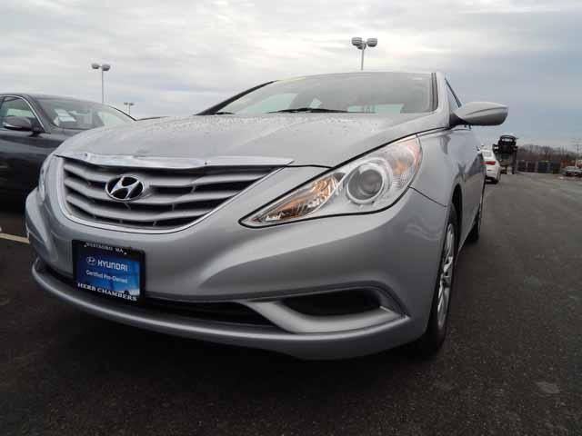 2011 hyundai sonata hybrid review edmunds