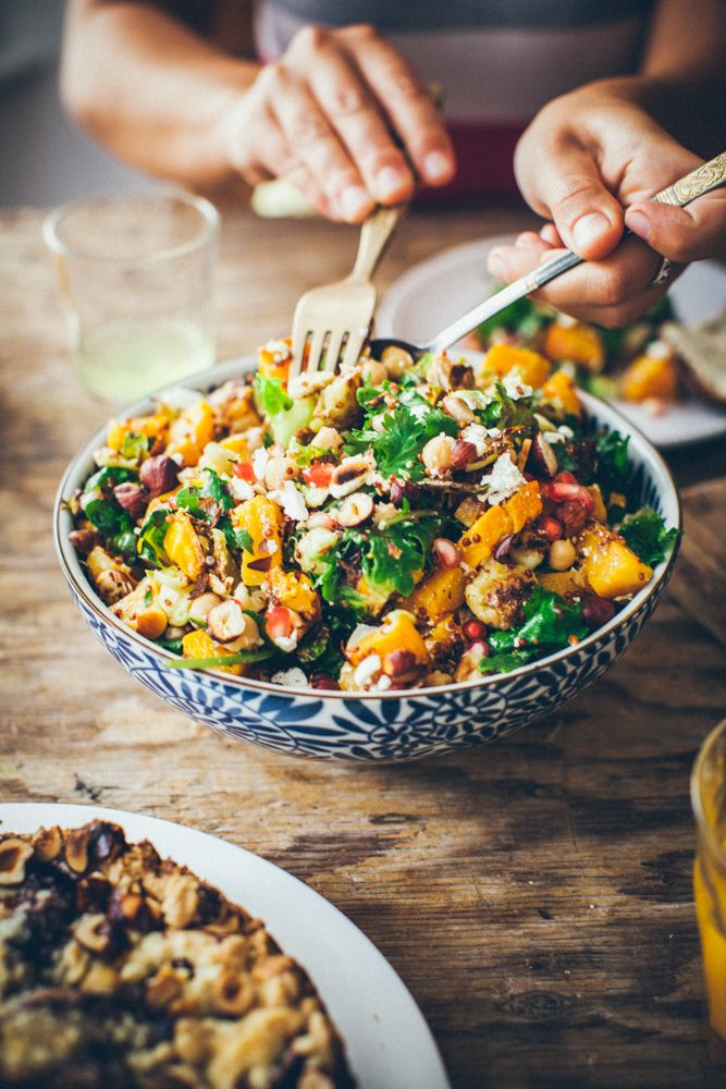 Autumn Salad : Made with butternut squash, kale, brussel sprouts, pomegranate, quinoa, chickpeas, feta and tahini. #Salad #Autumn #Healthy