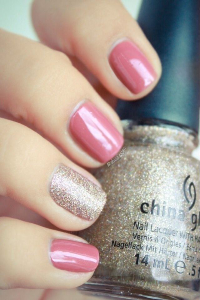 I love this nail color combo. Trendy yet classy.