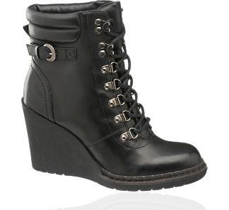 61 best schuhe shoes images on pinterest heels ladies. Black Bedroom Furniture Sets. Home Design Ideas