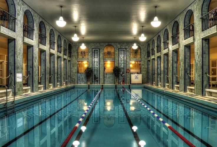 HDR in Helsinki: Yrjönkadun uimahalli/ A beutiful, public art deco indoor swimming pool in Helsinki