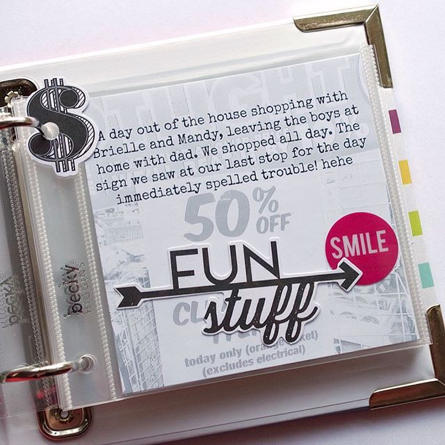 Day 3 of the #31minutesfor31days challenge. As my Photo a Day Oct 3rd photo wasn't terribly interesting, I used it as a background and had my journaling as the feature instead. #minialbum #scrapbooking #papercraft