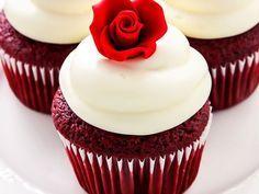 Капкейки Красный бархат в домашних условиях сделать не сложнее шоколадных капкейков, а