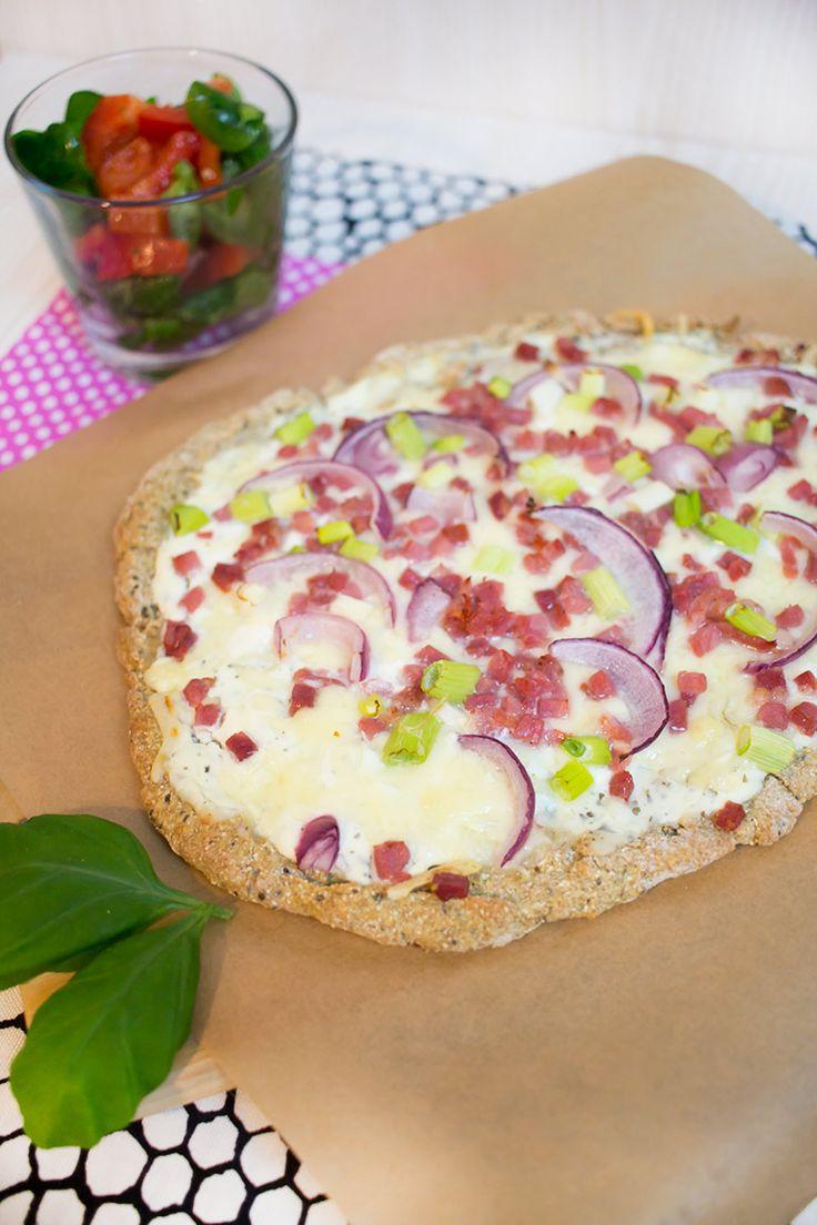 Low Carb Flammkuchen-/Pizzateig mit Chiasamen – Low Carb Köstlichkeiten